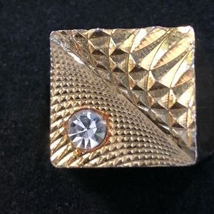 Vintage Gold tone square ring